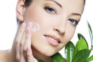 1202-womens-moisturizer