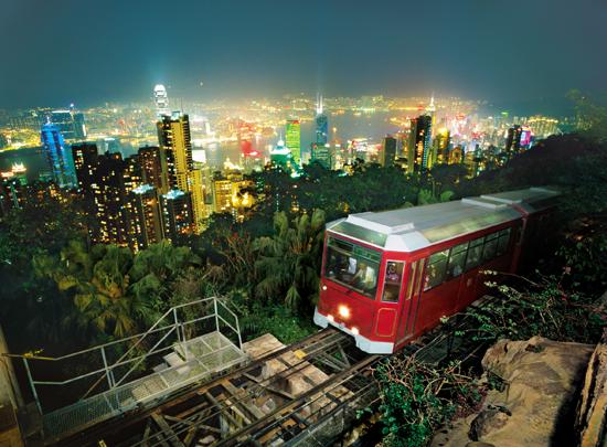 Peak-Tram Night Hong-Kong