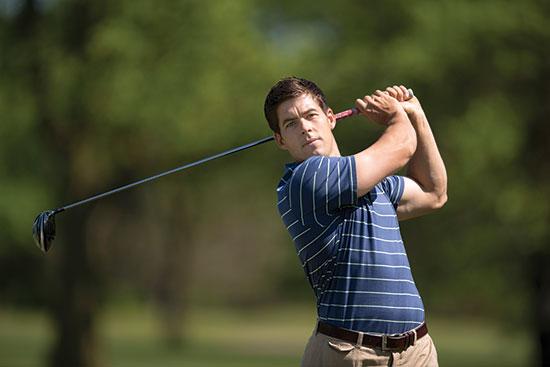 07 12_golfer