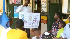 Station 1: Patient Educator uses visual aids to teach patients about nutrition.