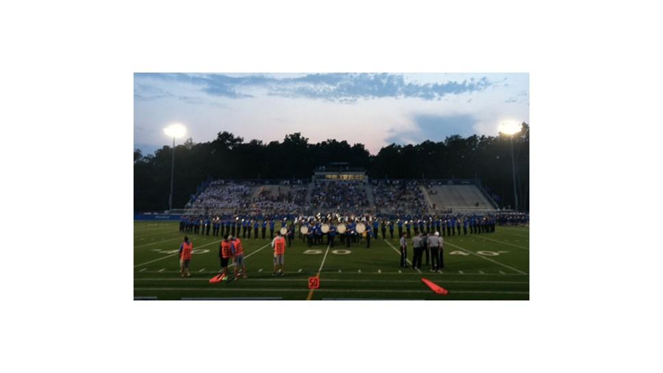 LFHS Varsity Football Dunks Dunbar