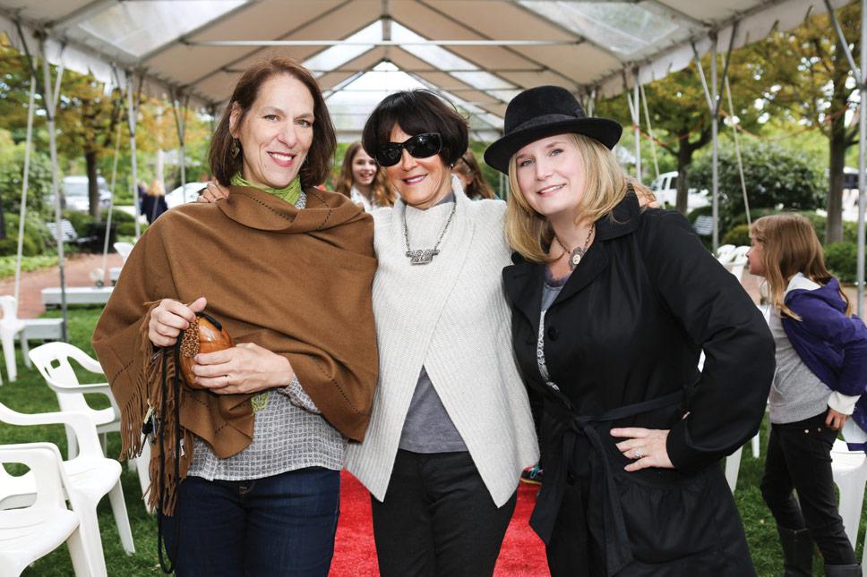 Diana Durkes, Michaele Ann McDonnell, Linda Scholly. Photography by Robin Subar