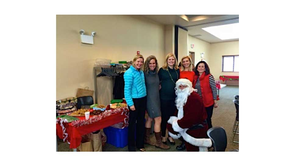 Shelter Club Hosts Holiday Party for Allendale