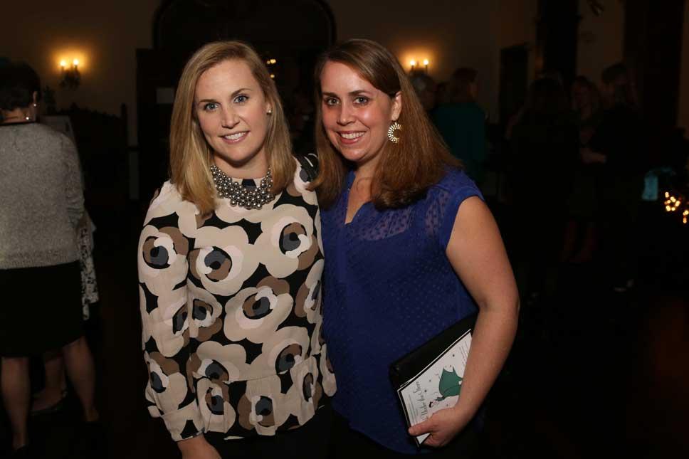 Abby O'Brien, Emily Tzur