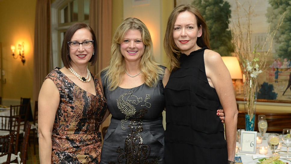 Annette Carroll, Elizabeth Pruett, Karey Walker