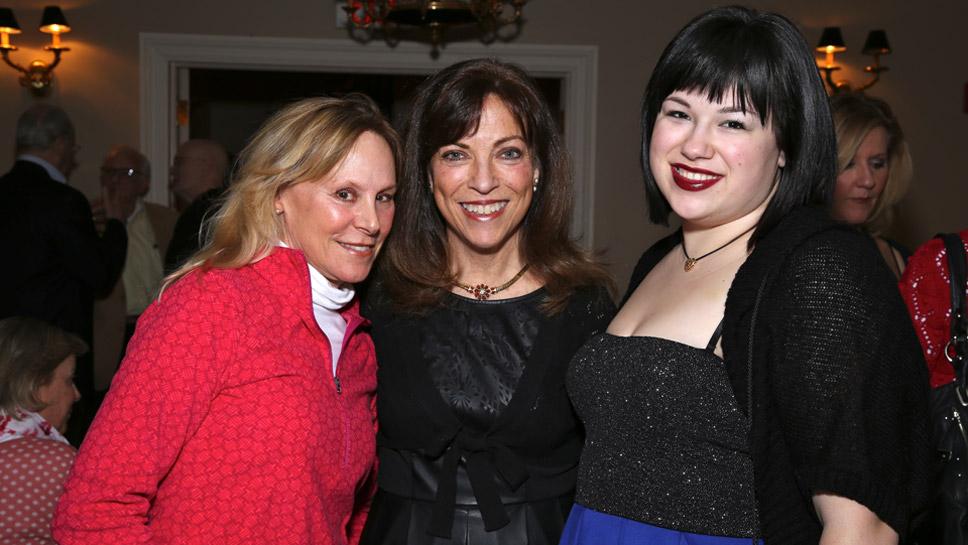 Lisa Dominique, Mary Jane Stutz, Jennifer Stutz