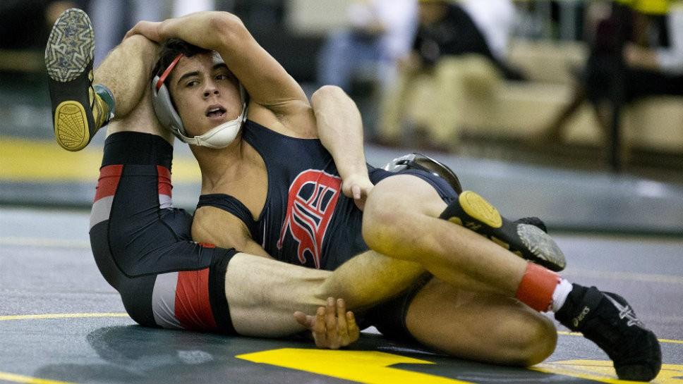 Moran's win draws crowd, clinches title