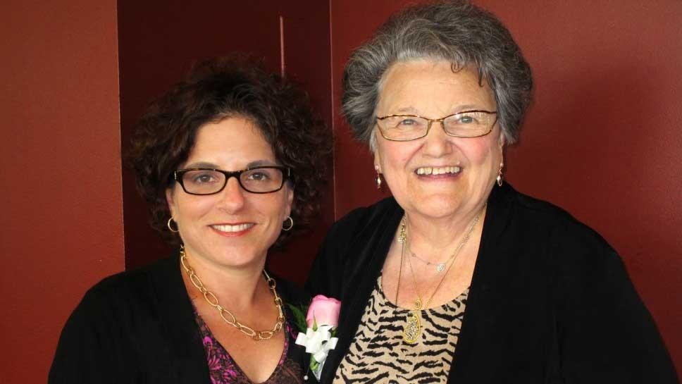 Hadley School Honors Volunteer