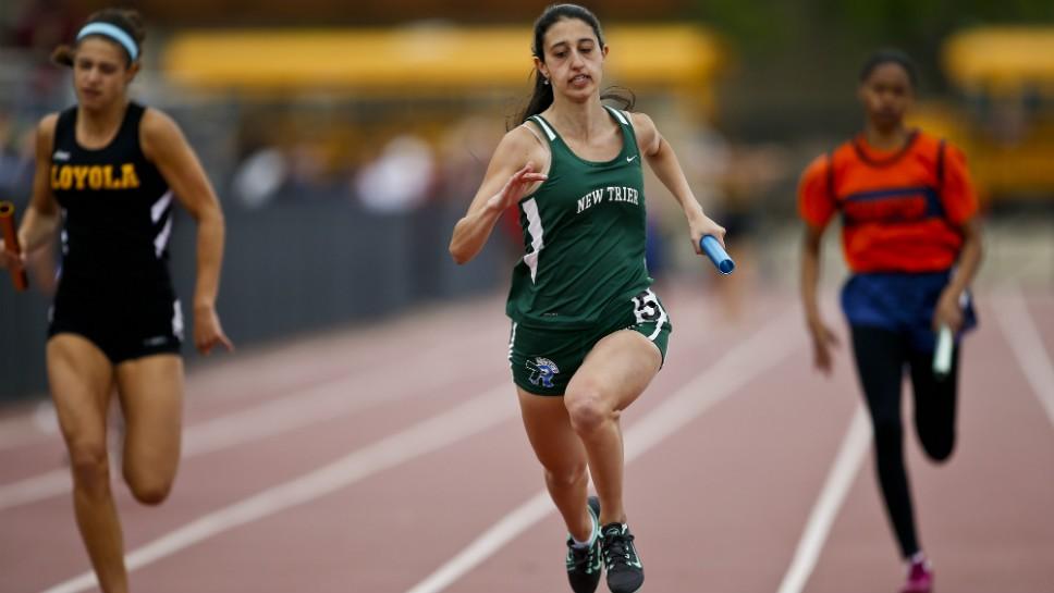Sportsfoilo: Loyola Girls Track Sectional