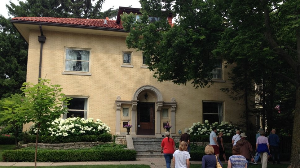 Wilmette Boasts Prairie School Homes