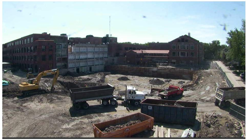 New Trier Starts Amidst Construction