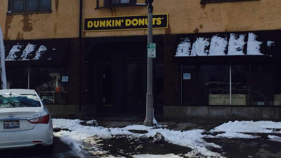 Dunkin Donuts Opens In Lake Forest