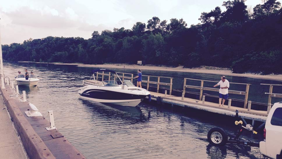 Park Avenue Boaters Mull Options