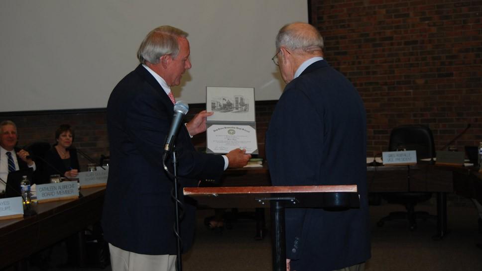 Holocaust Survivor Receives NT Diploma