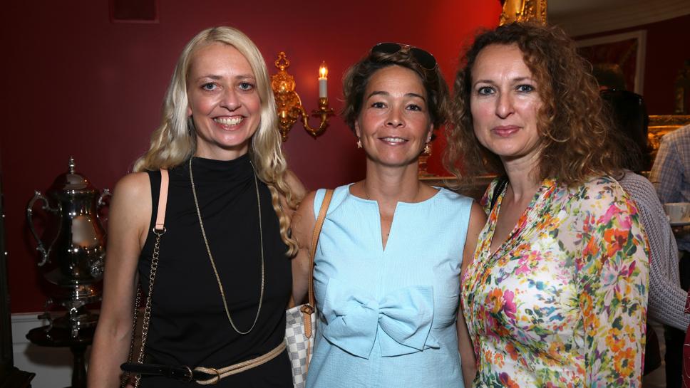 Petra Schmited, Susanne Von Borcke, Bright Jennings