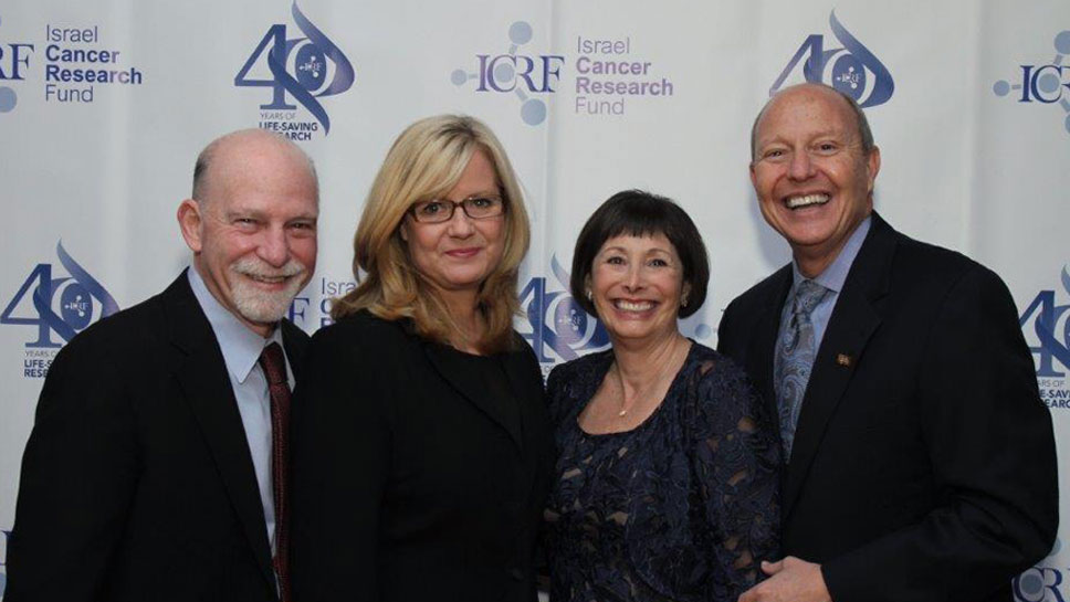 Rosen of City of Hope, ICRF Lifetime Achievement Award recipient; Bonnie Hunt, actress and cancer activist;and Jacki and Bruce Barron, Tower of Hope honorees from Northbrook, Illinois.