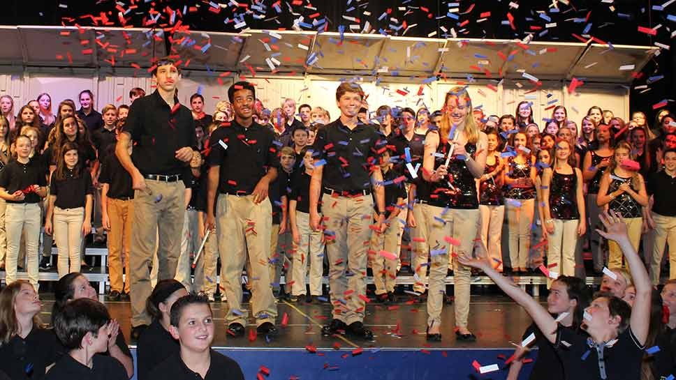 LBMS Gives Choral Tribute To Vets