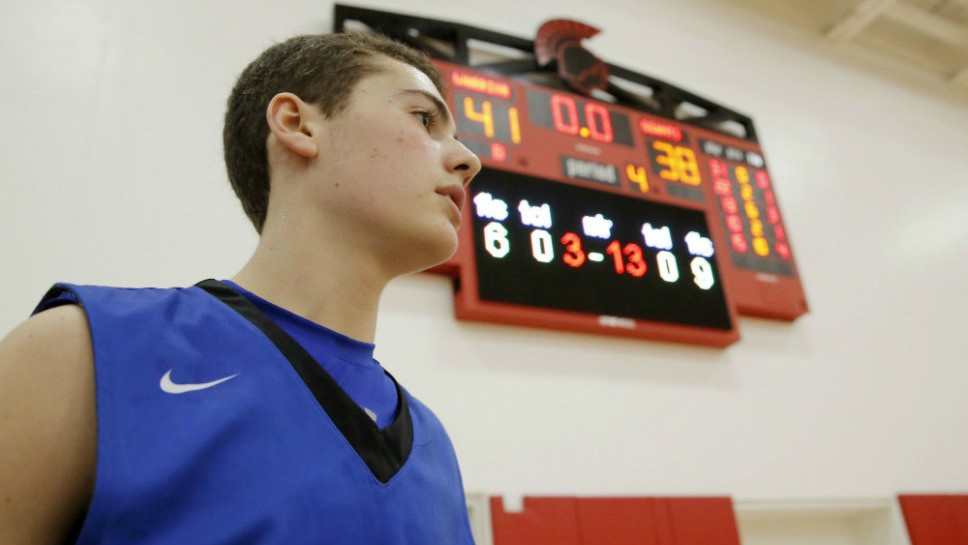 Sportsfolio — Boys Hoops: HP vs. DF