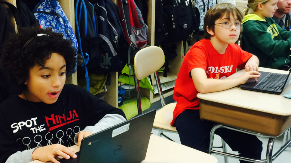 lake forest everett elementary school students code to star wars