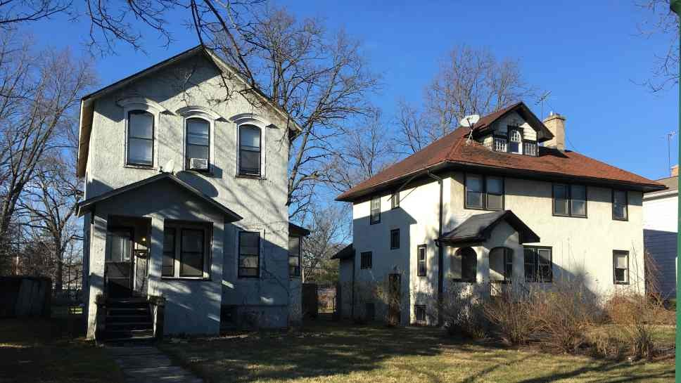Townhouses for Wilmette Ave. Lot?