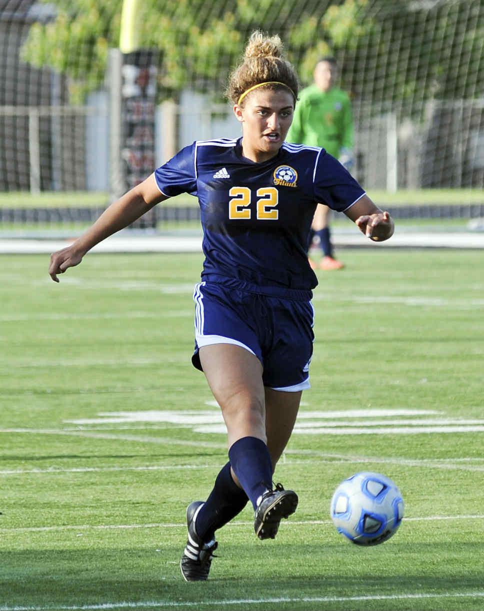 NT_GBS_Girl_Soccer_22ss