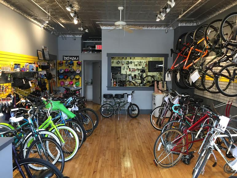 New Lake Bluf Bike Shop Opens In Old Place