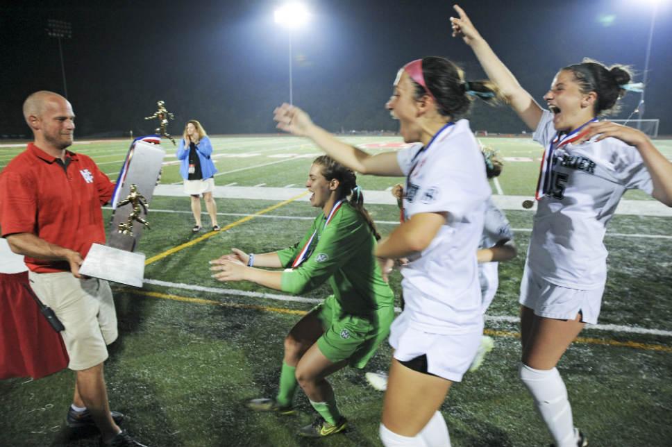 NT_Girl_Soccer_Final_04ss