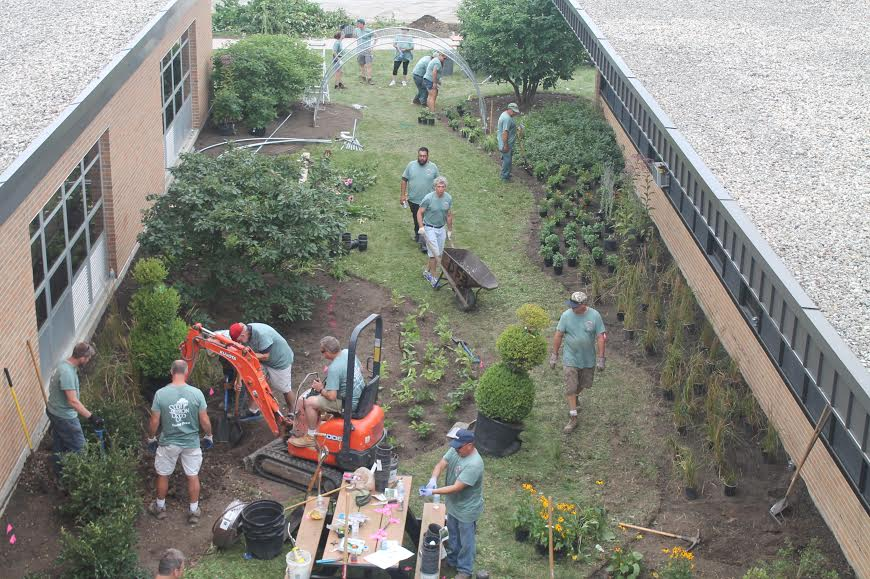 The learning garden takes shape. Photo courtesy of North Chicago Community Partners.