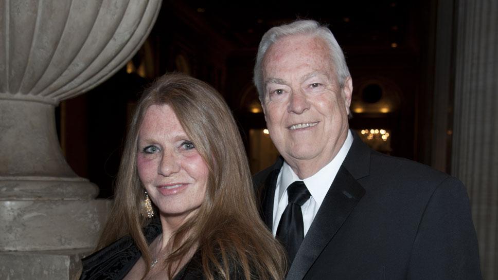 Donna LaPietra, Bill Kurtis