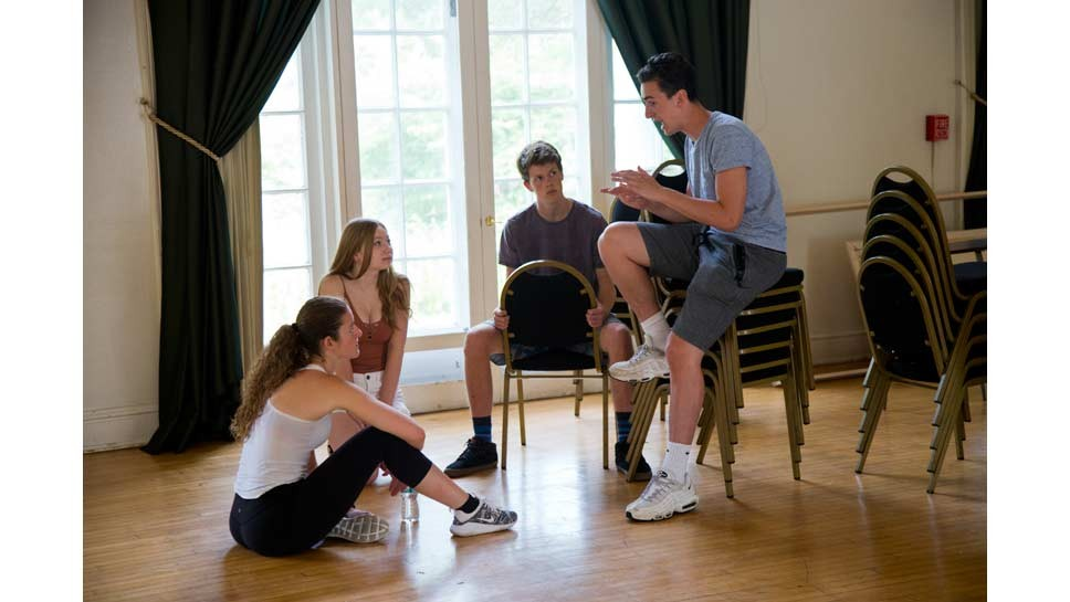 Students Call Shots In HP Theatre Company