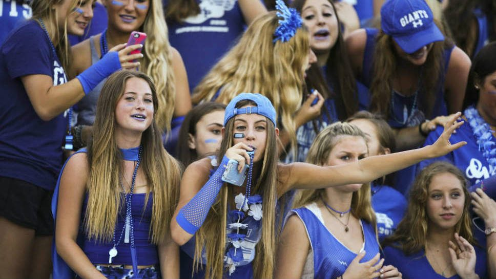 SportsFolio: HP's Football Team Tops Hersey