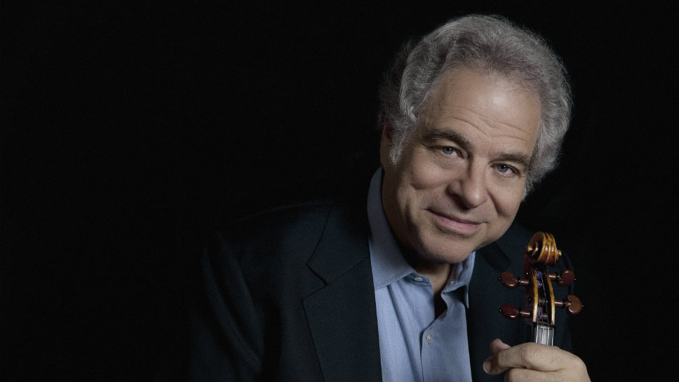 Itzhak Perlman entertained crowds at Ravinia August 20 and 21 playing the violin the first night and conducting the Chicago Symphony Orchestra the next.