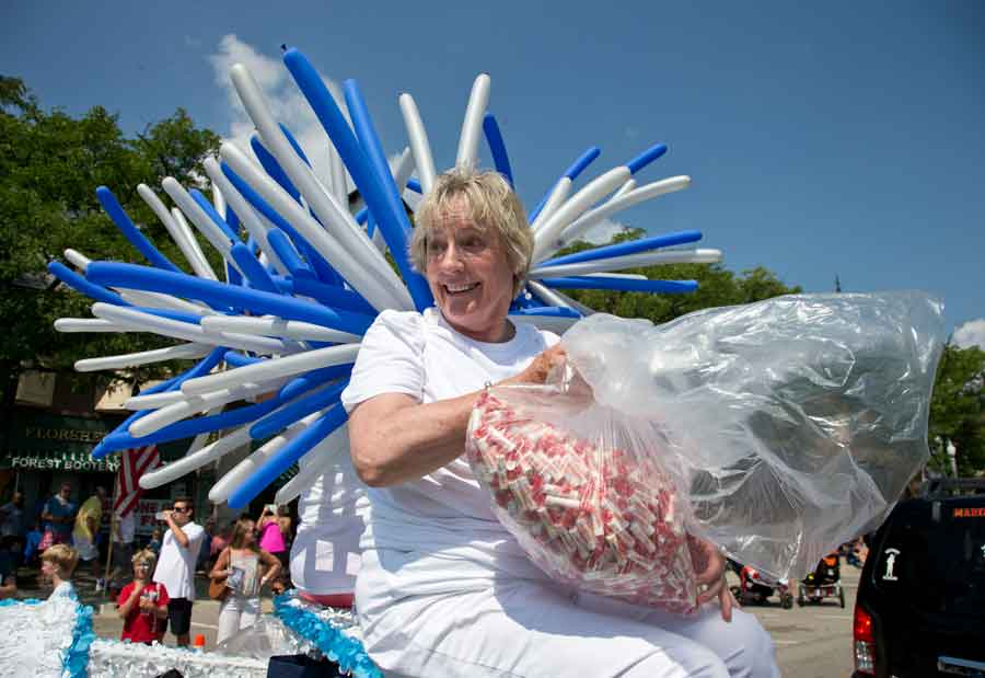 Lake Forest Enjoys Its Own Holiday On Lake Forest Day