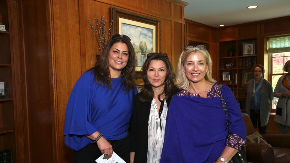Susan Ferris, Lydia Grabemann, Julie Thauer