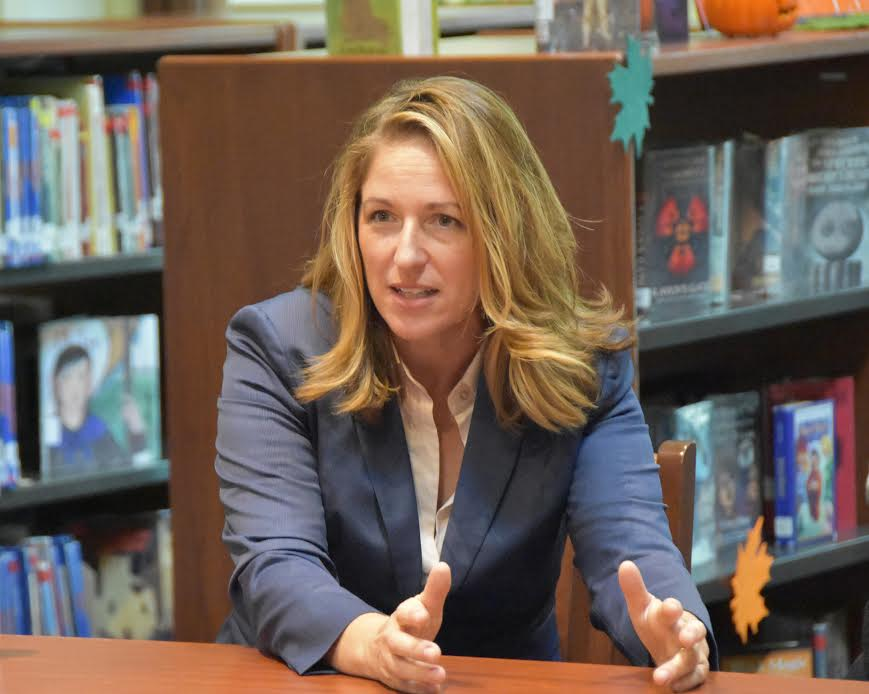 Jessica Lahey speaks at Lake Forest Country Day School. Photo courtesy of Lake Forest Country Day School.