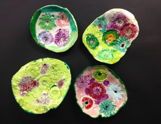 More colorful bowls designed by District 112 students; photo courtesy of Namrita Narula.