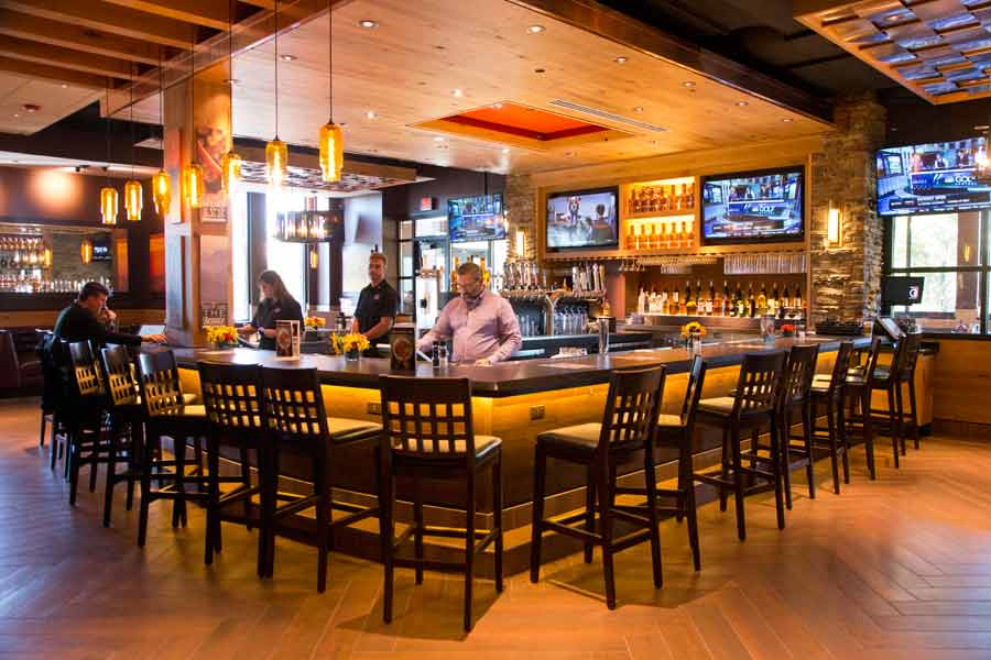 The bar at Granite City's new Northbrook location