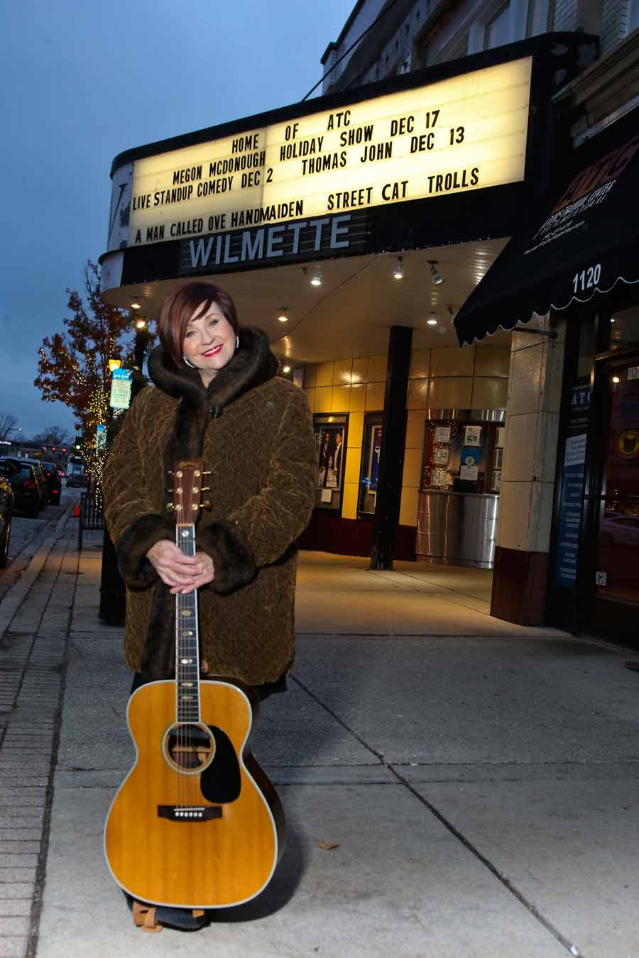 Musician Megon McDonough brings the holidays home to the Wilmette Theatre