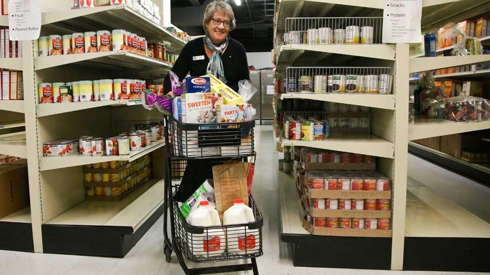 Northfield Food Pantry Seeks Volunteers