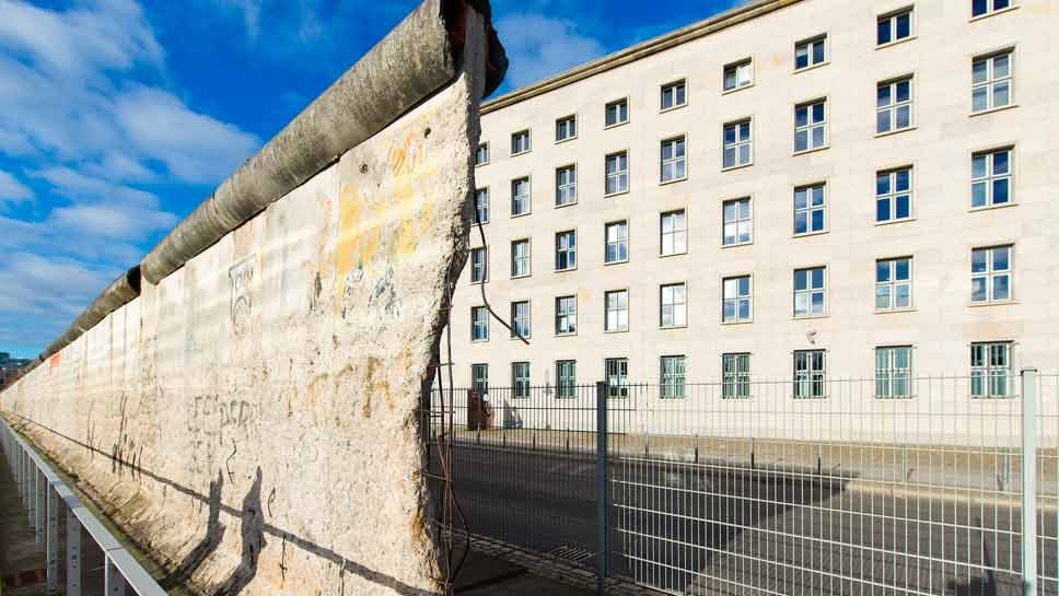 Lecture: 'Rise & Fall of Berlin …