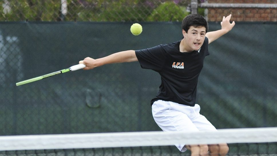 LFA tennis team nets plenty of success — and fun
