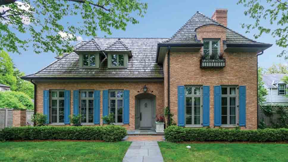 153 Oak Terrace, Lake Bluff