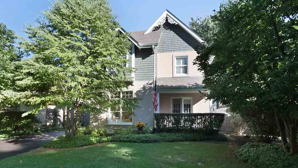 353 Woodland Road, Lake Bluff