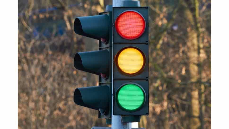 Happ & Winnetka Roads Get New Signal