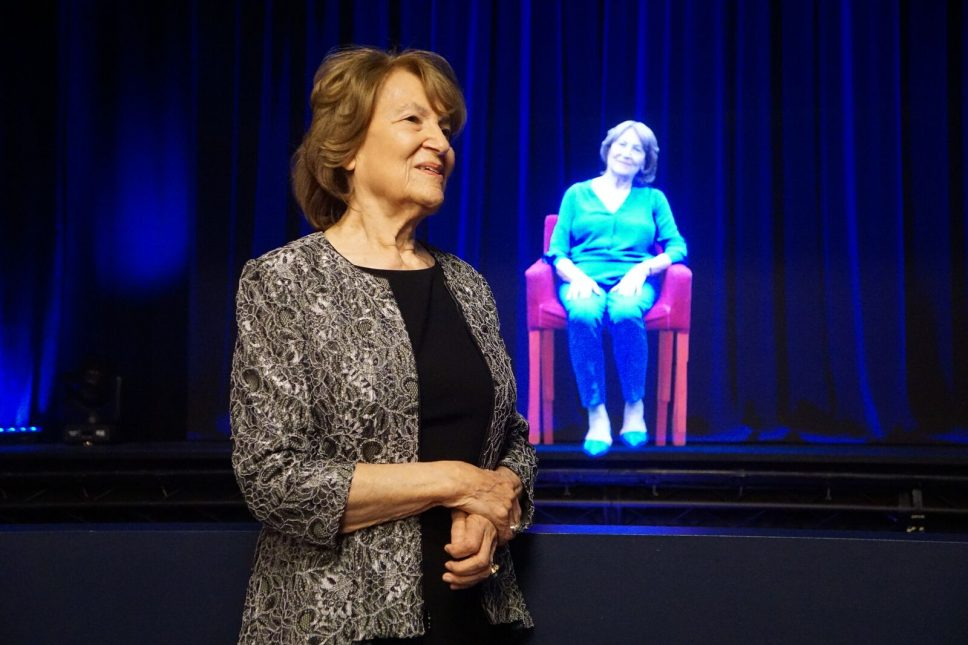 Holocaust Museum Holograms Bring History to Life