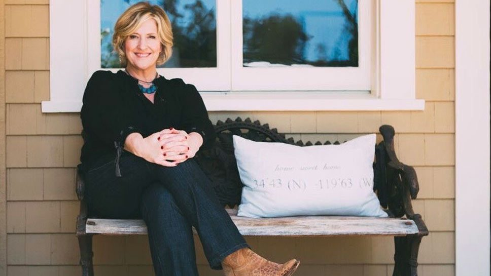 Brené Brown on Holding Hands with Strangers …