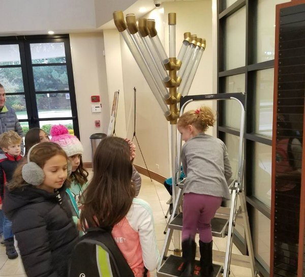 Families prepare to celebrate first night of Hanukhah