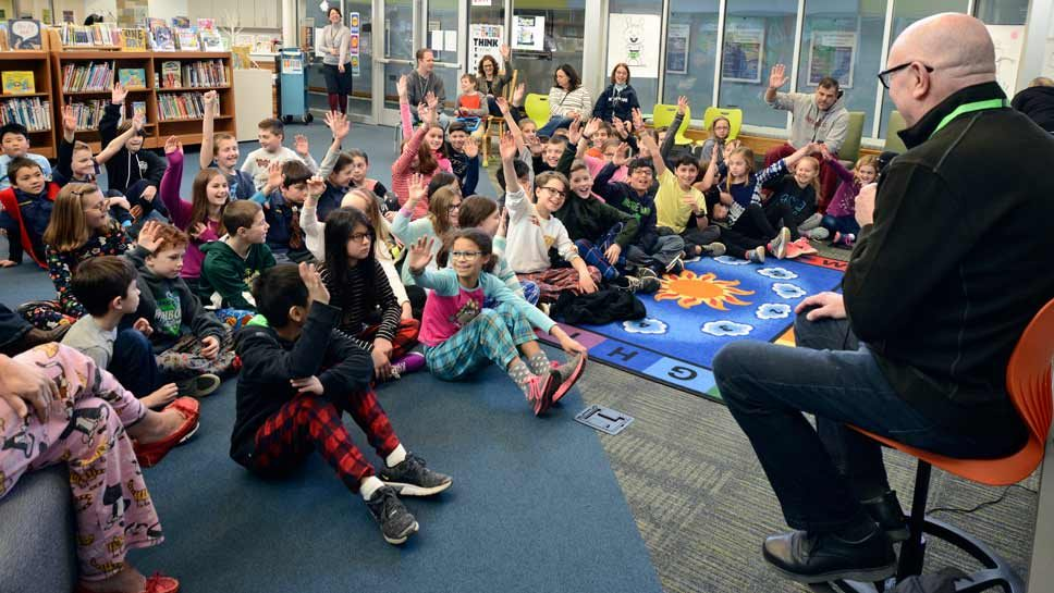 Author Roland Smith Spins Tales in Northbrook