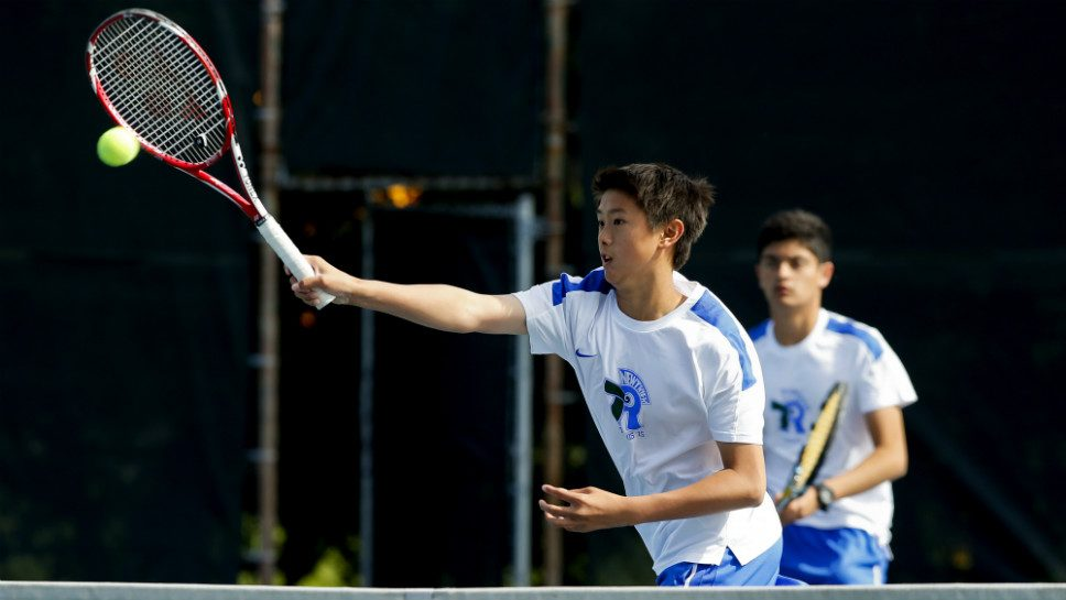 NT tennis team teeming with frosh aces