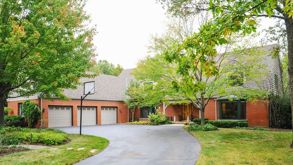 1521 Heritage Court, Lake Forest